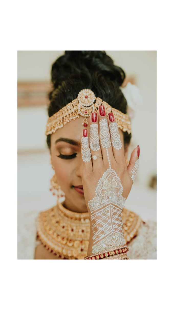 Henna service on Myrin and Sarnia Wedding by Nirvana Henna by Shinta - 001