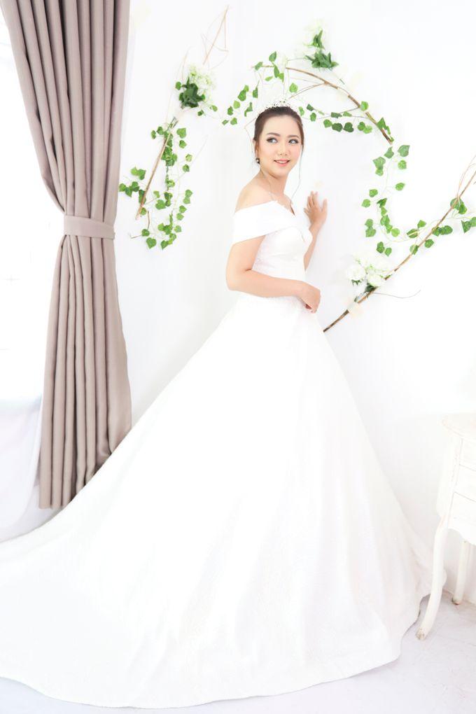 Wedding gown ready by Caramells - 001
