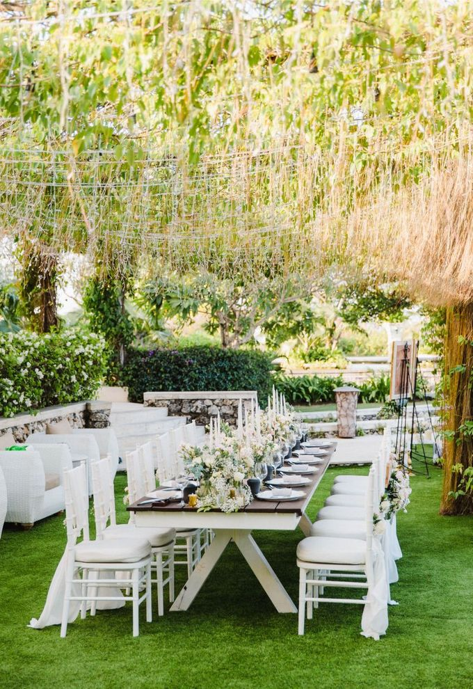 Alfresco greenery dinner reception at Opia Bali by Silverdust Decoration - 022