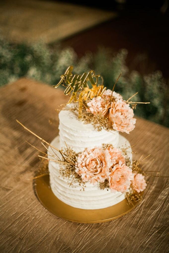 The Wedding of Ayu & Kevin by KAIA Cakes & Co. - 026