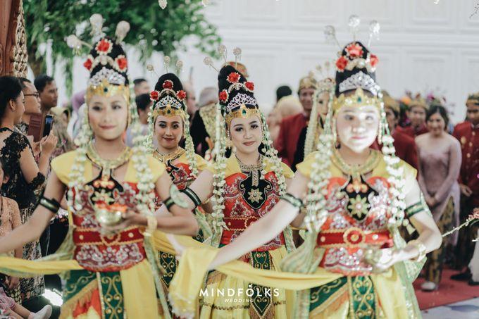 Madura  Wedding  Of Putri & Rio by S2 Banquet - 005