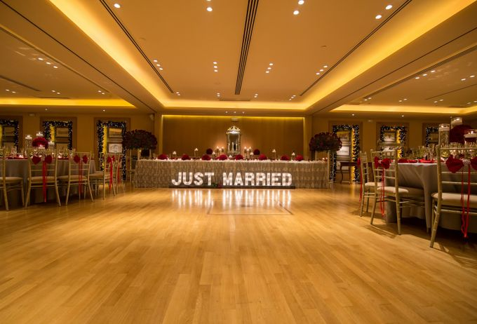 Luxury Christmas Red & Gold Wedding by Diamond Events - 013