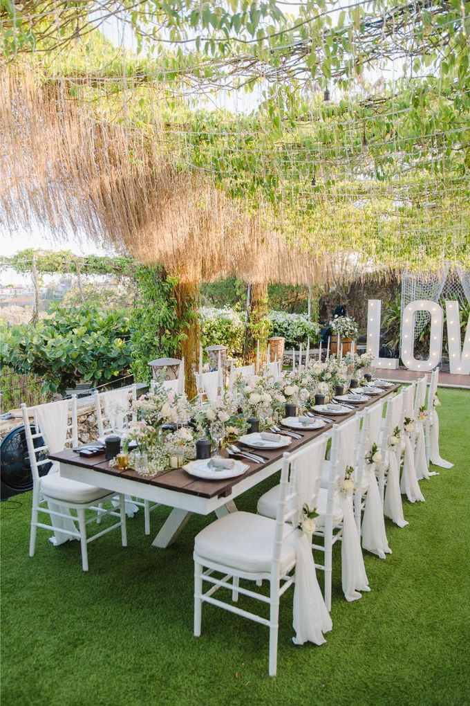 Alfresco greenery dinner reception at Opia Bali by Silverdust Decoration - 023