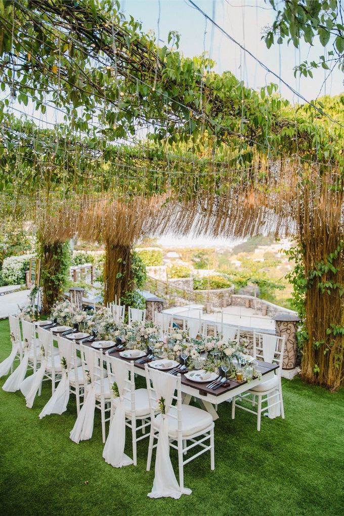 Alfresco greenery dinner reception at Opia Bali by Silverdust Decoration - 027