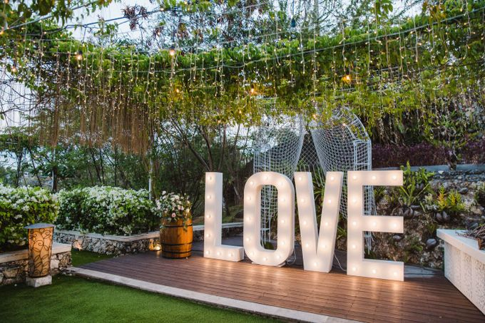 Alfresco greenery dinner reception at Opia Bali by Silverdust Decoration - 003