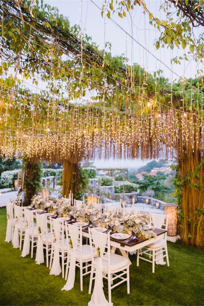 Alfresco greenery dinner reception at Opia Bali by Silverdust Decoration - 008