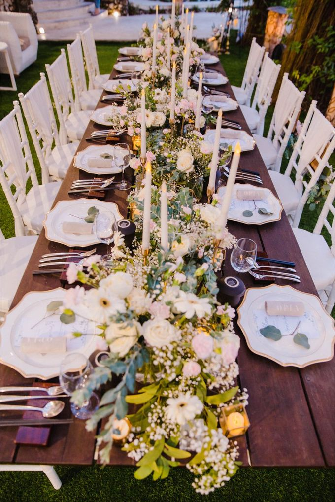 Alfresco greenery dinner reception at Opia Bali by Silverdust Decoration - 010
