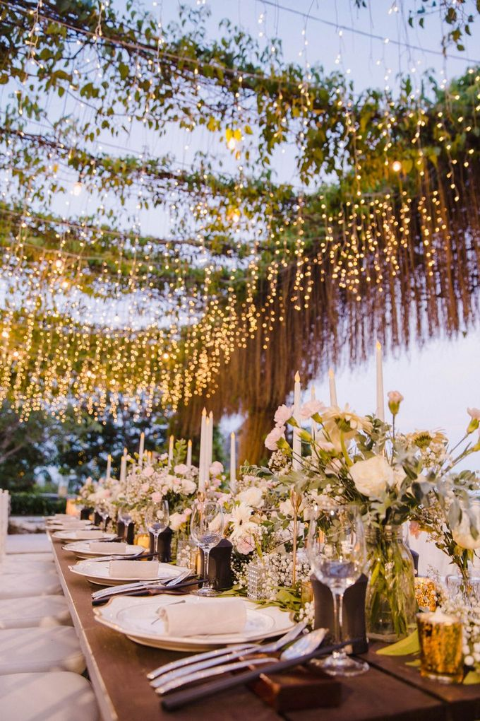 Alfresco greenery dinner reception at Opia Bali by Silverdust Decoration - 011