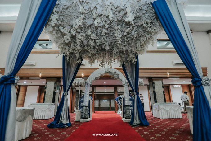 The Wedding Of Fara & Alief by alienco photography - 007