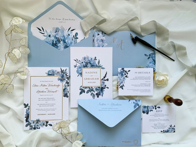 Sky Blue Flowers by Trouvaille Invitation - 002