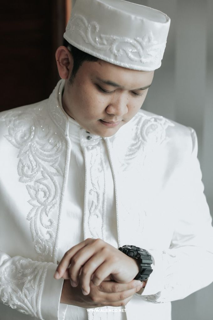 The Wedding Of Shella & Lutfi by alienco photography - 003