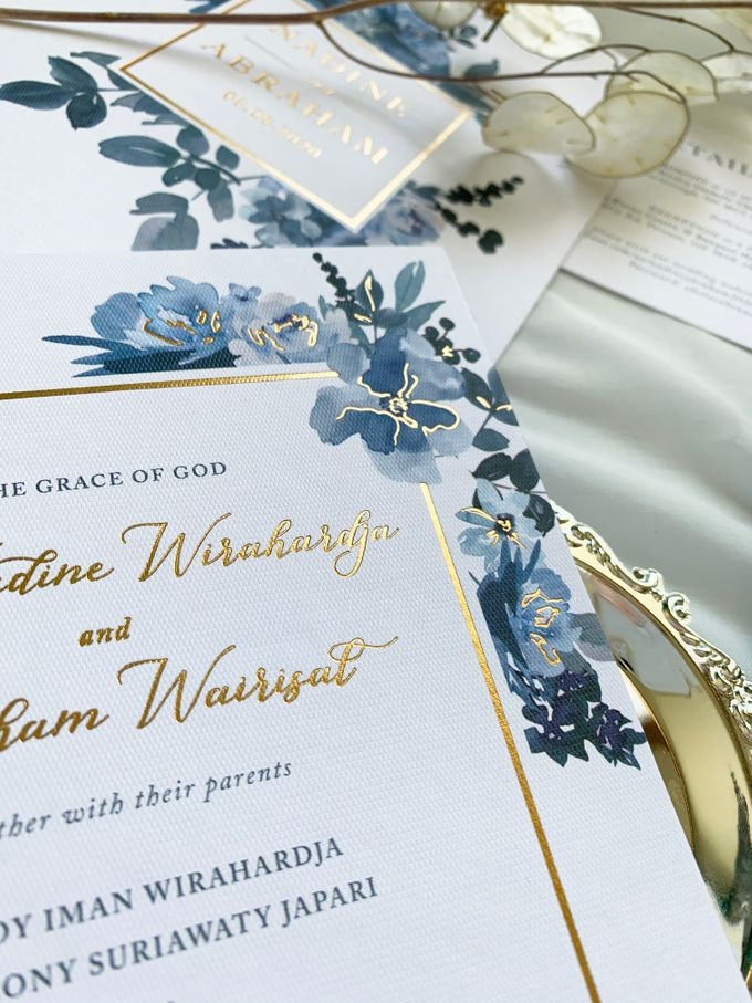Sky Blue Flowers by Trouvaille Invitation - 007