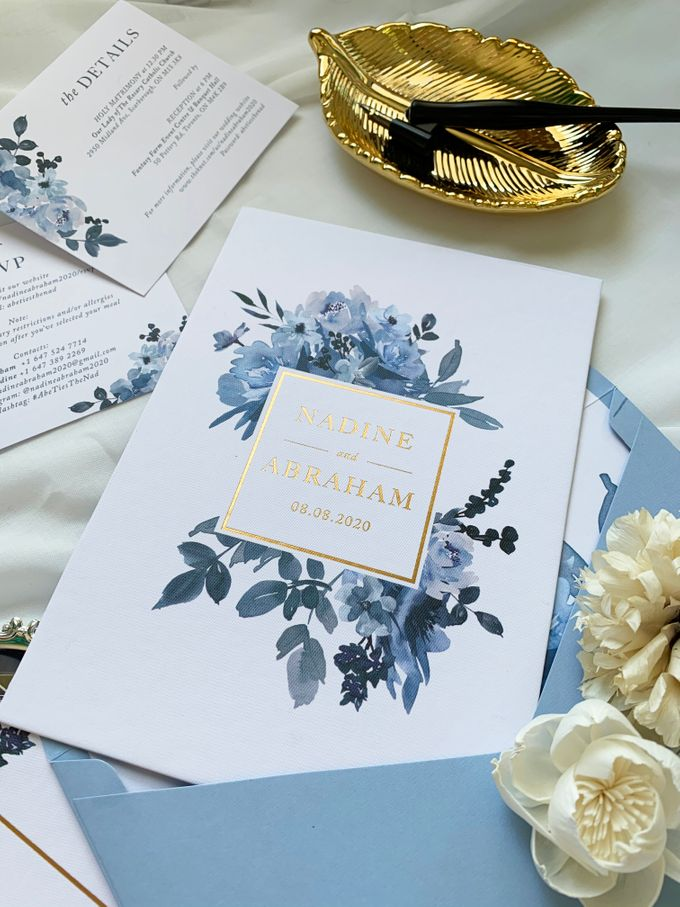 Sky Blue Flowers by Trouvaille Invitation - 008