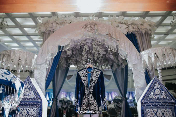 The Wedding Of Fara & Alief by alienco photography - 009