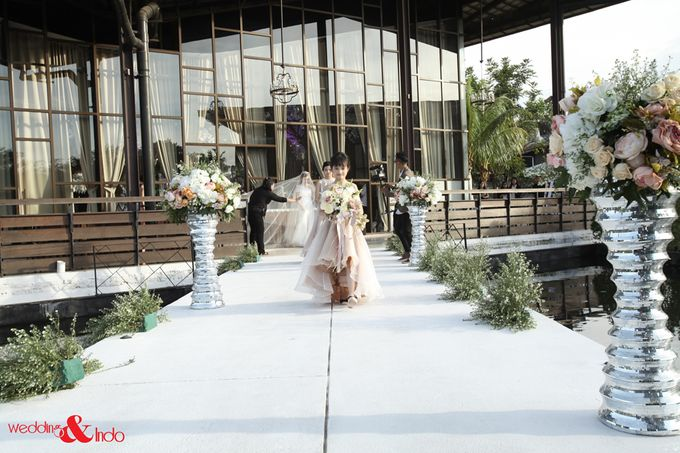 Lee jeong hoon moa wedding ceremony part 3 by weddingindo add to board lee jeong hoon moa wedding ceremony part 3 by weddingindo 001 junglespirit Image collections
