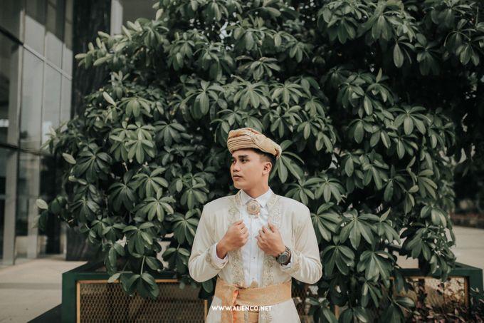 The Wedding Of Fara & Alief by alienco photography - 010