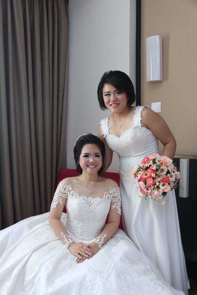 IMAN & LOUISA WEDDING PARTY by The Vida Ballroom - 005