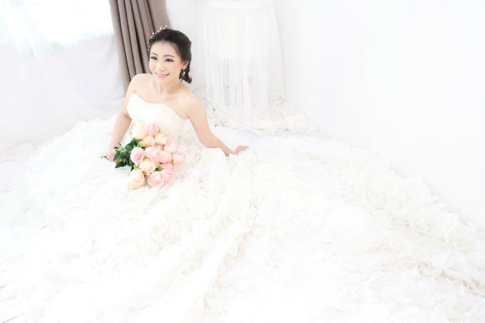 Wedding gown ready by Caramells - 006