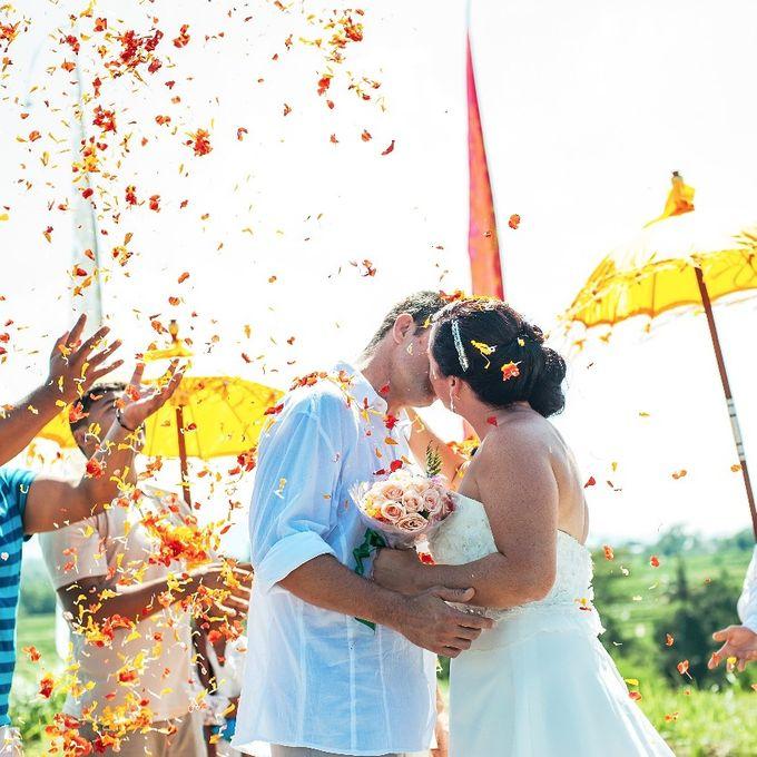 Engagement Wedding by Flo Wedding Organizer - 001