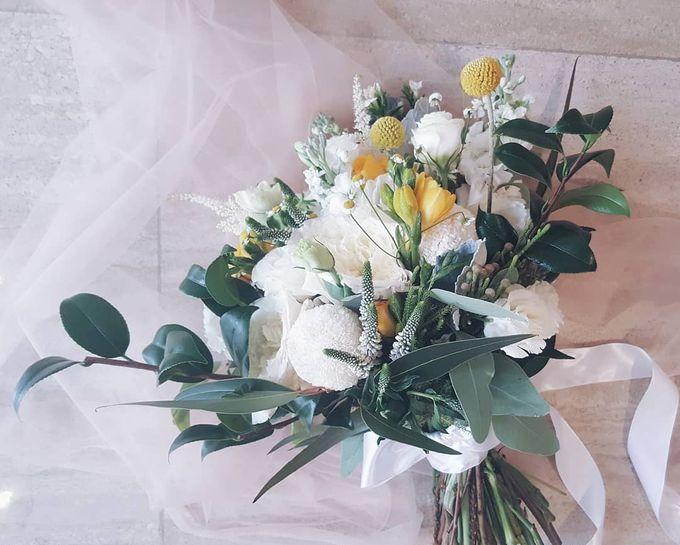 Bridal Bouquets by Ever & Blue Floral Design - 033