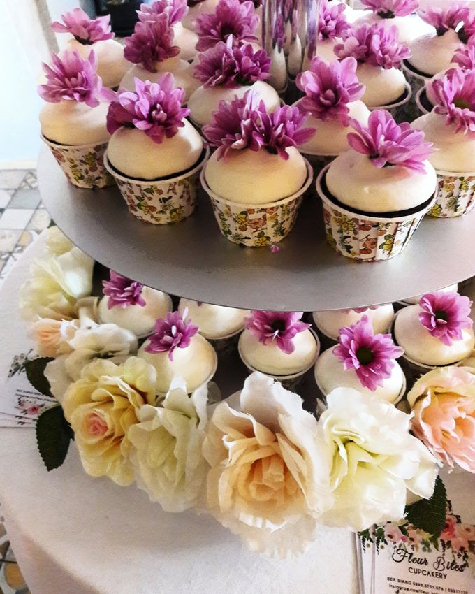 Engagements & Wedding Cakes by Fleur Bites Cupcakery - 040
