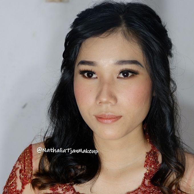 Graduation Ms.Fenecia by Nathalia Tjan Makeup - 001