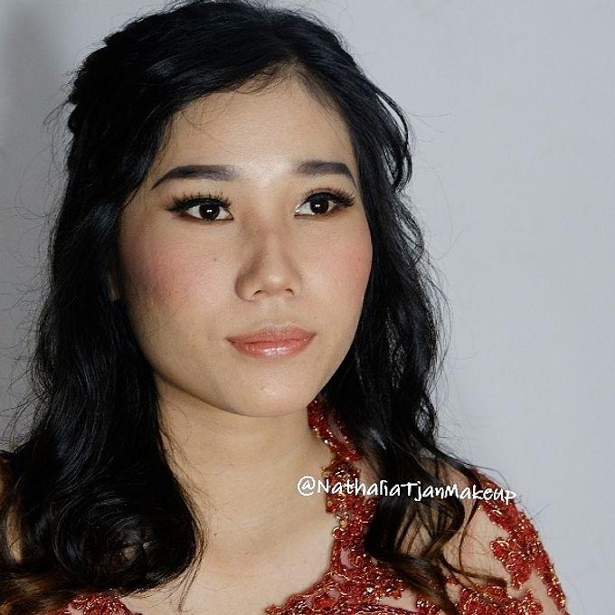 Graduation Ms.Fenecia by Nathalia Tjan Makeup - 002