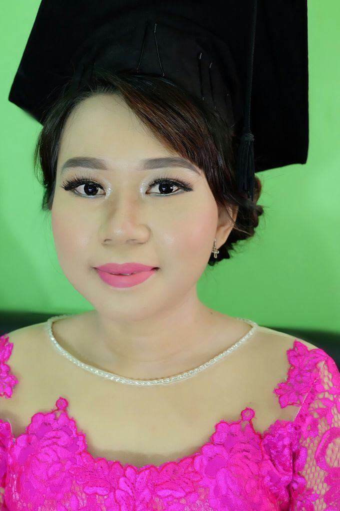 Graduation makeup by VidJei Makeup - 049