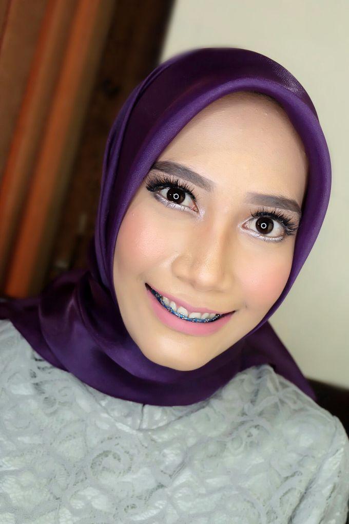 Graduation makeup by VidJei Makeup - 020