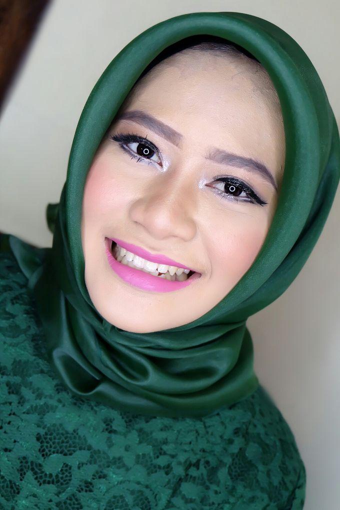 Graduation makeup by VidJei Makeup - 041