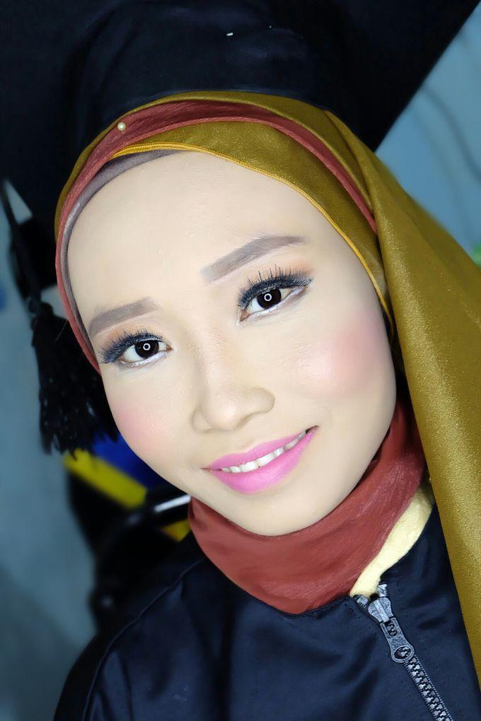 Graduation makeup by VidJei Makeup - 038