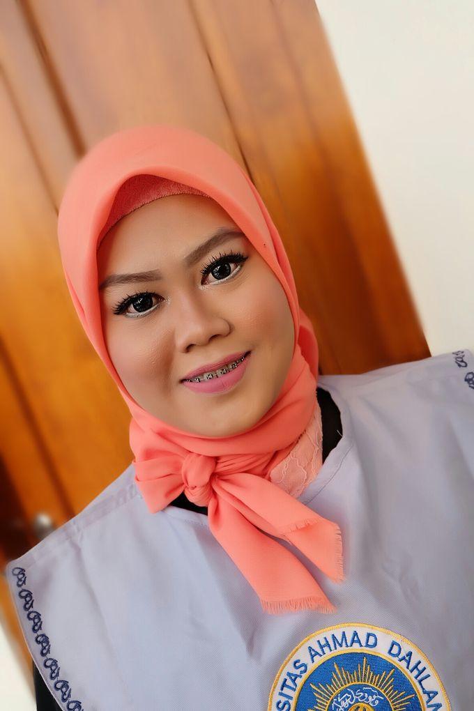 Graduation makeup by VidJei Makeup - 031