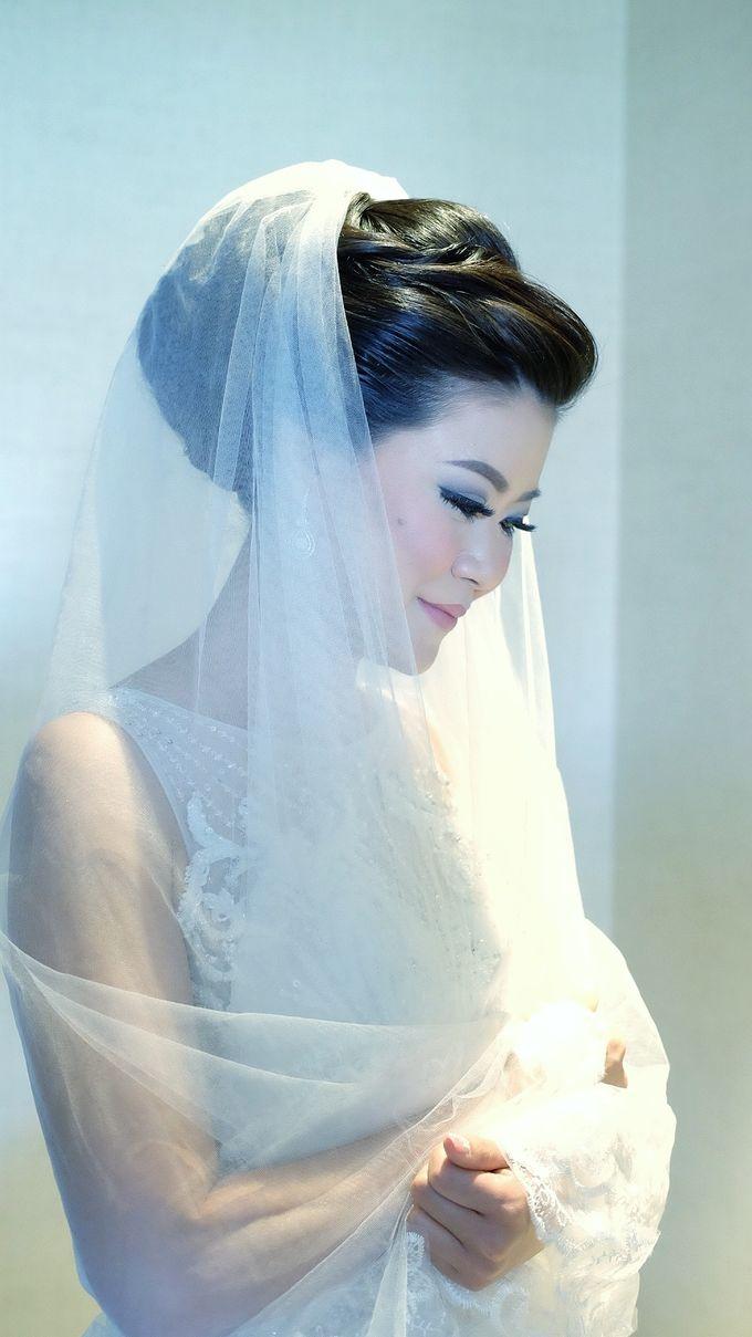 Bridal Makeup for Melinda by Beyond Makeup Indonesia - 007