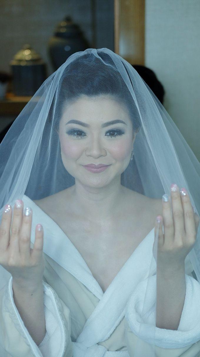 Bridal Makeup for Melinda by Beyond Makeup Indonesia - 013