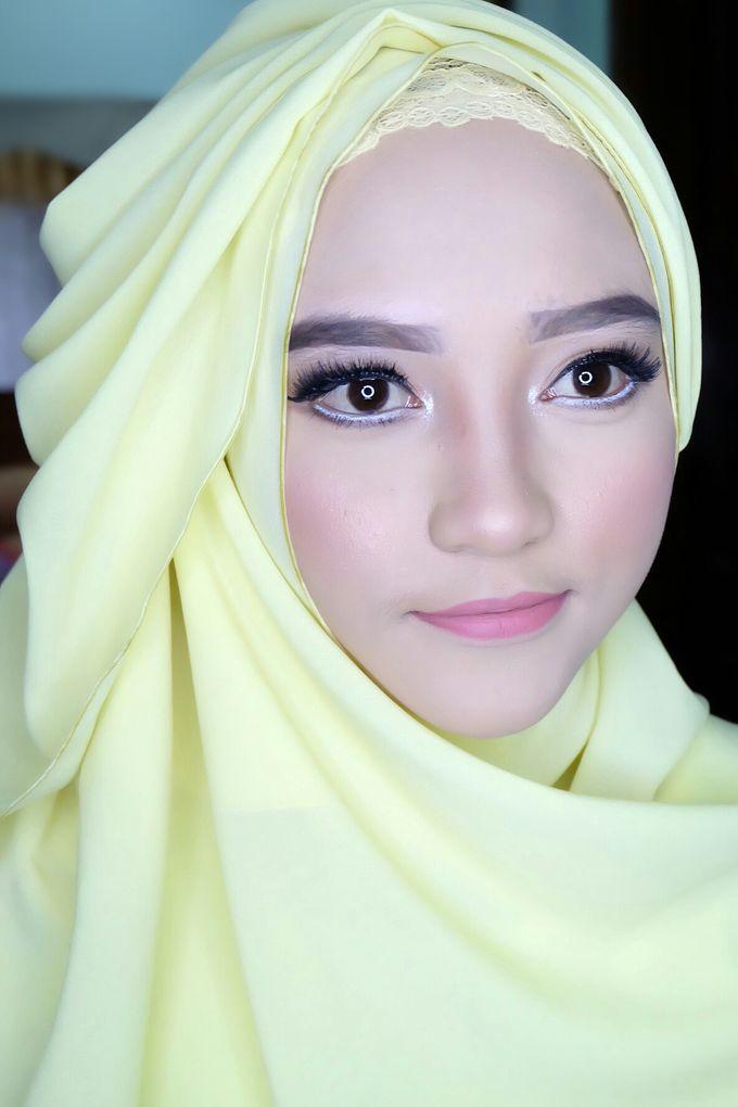 Graduation makeup by VidJei Makeup - 017