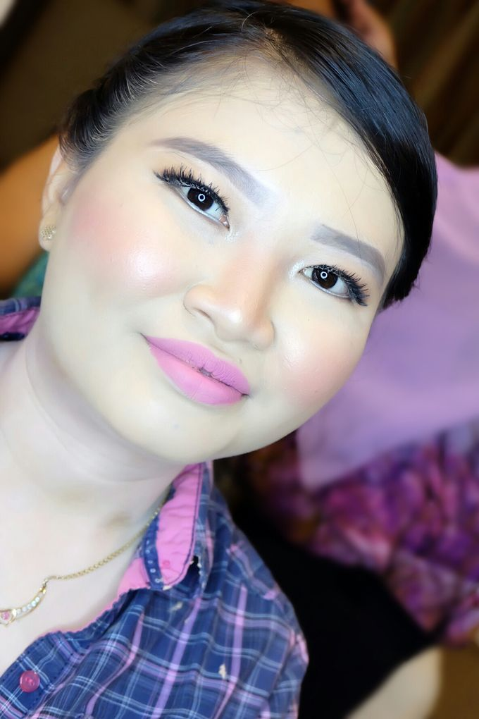 Graduation makeup by VidJei Makeup - 022