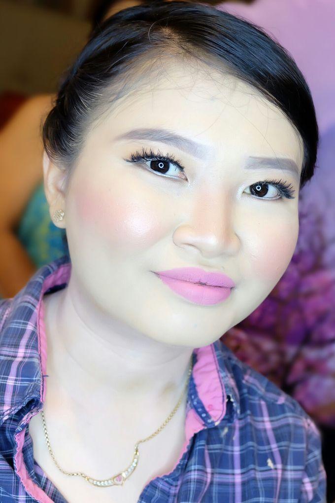 Graduation makeup by VidJei Makeup - 024