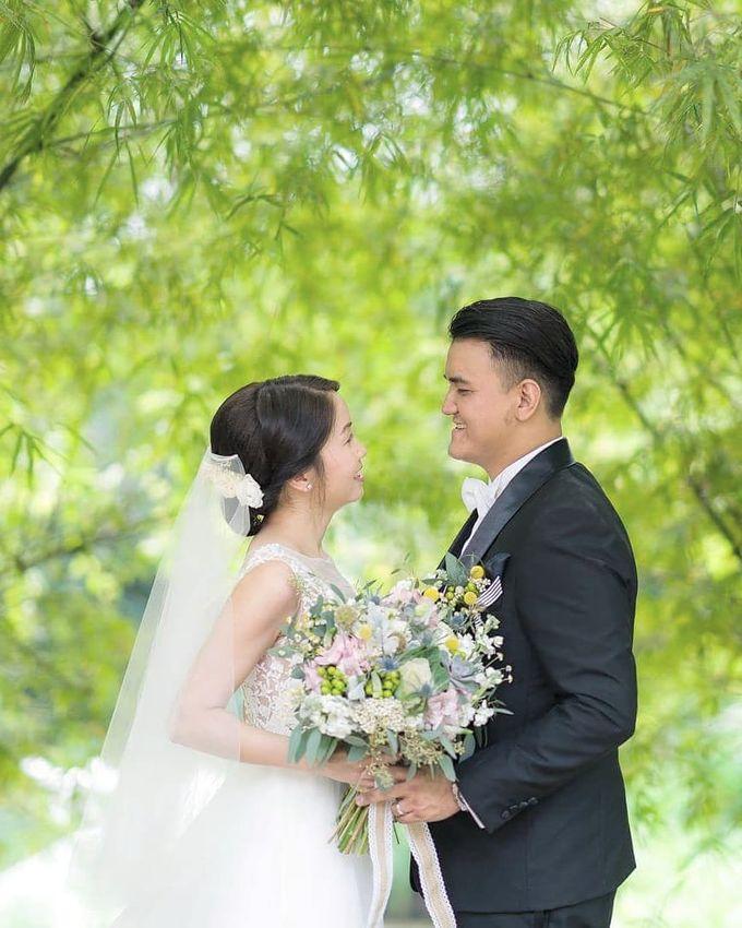 Bridal Bouquets by Ever & Blue Floral Design - 039