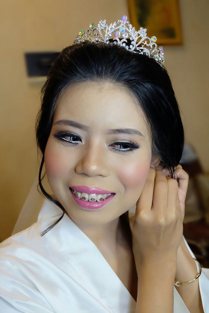 bride by VidJei Makeup - 012