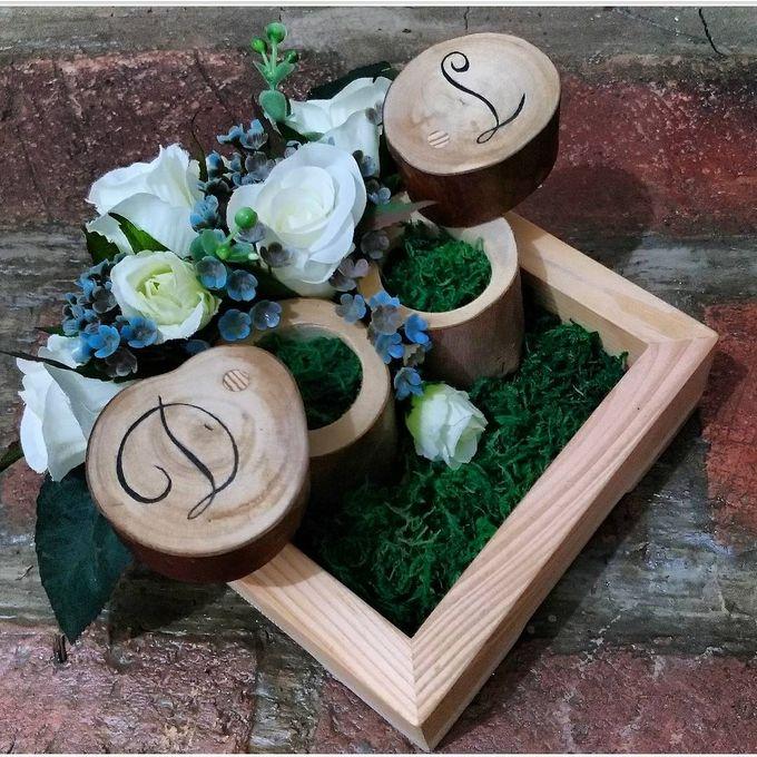 Ring Box for Mba Dini by Hana Seserahan - 001
