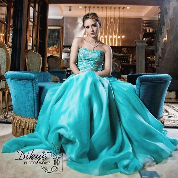 Latest collection for gown rental by SAVORENT Gown Rental - 007