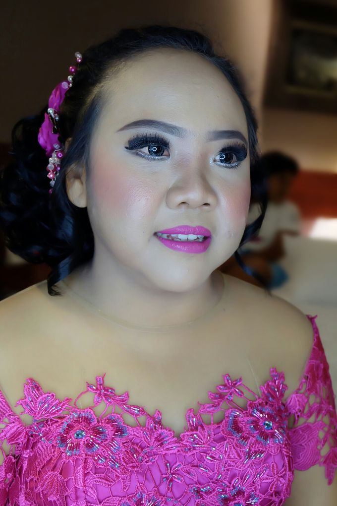 Party Makeup by VidJei Makeup - 024