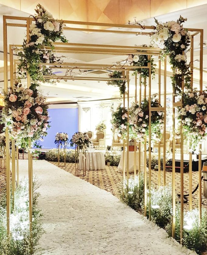 The Wedding Of Melvin And Tisas by Hotel Aryaduta Jakarta - 006