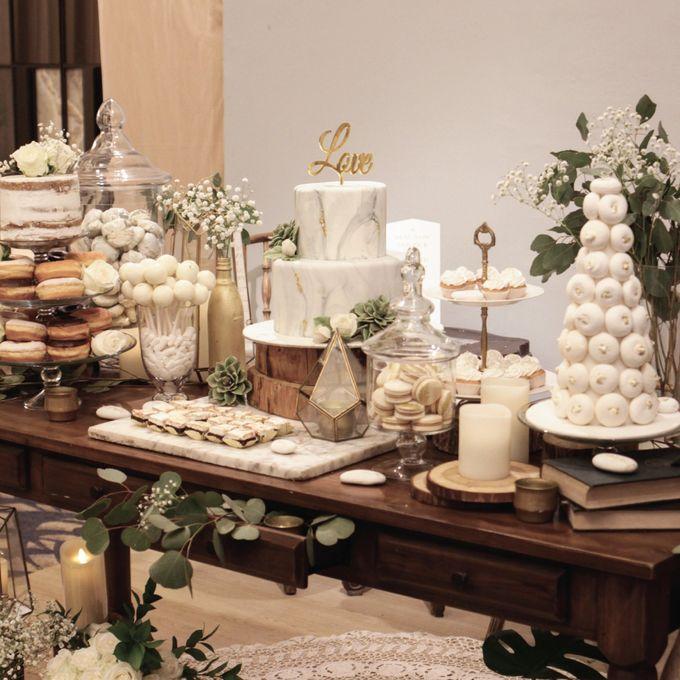 Rustic Dessert Table by Gordon Blue Cake - 010