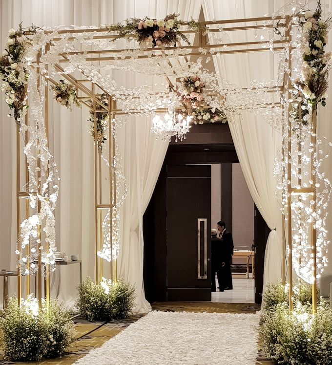 The Wedding Of Safirah And Agsal by Dream Decor - 009