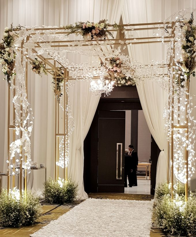 The Wedding Of Safirah And Agsal by Dream Decor - 012