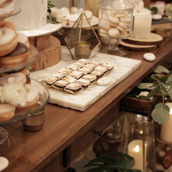 Rustic Dessert Table by Gordon Blue Cake - 012