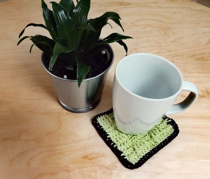 Chic Coaster by Coco's Knit - 002