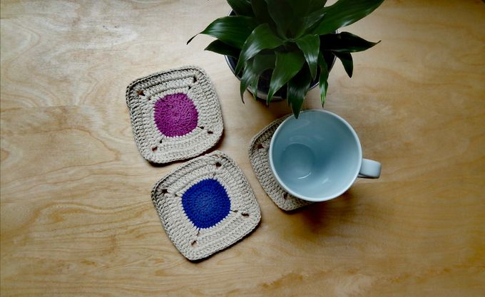 Chic Coaster by Coco's Knit - 006