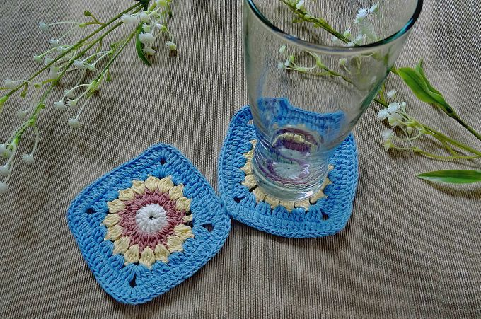 Chic Coaster by Coco's Knit - 004